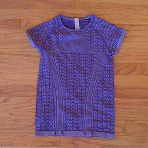 Ivivva purple girls short sleeve 12; perfect!